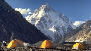 Campement à Concordia face au K2